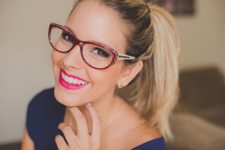 É normal que com o tempo os óculos vão se desgastando, as articulações da  armação pode ficar frouxa e fazer com que eles fiquem caindo toda hora. 85001c6f5d